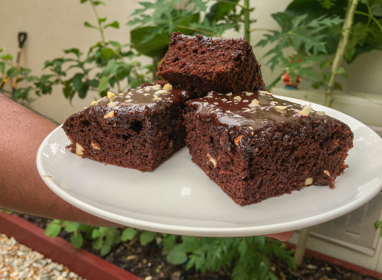 fluffy brownies with chocolate frosting